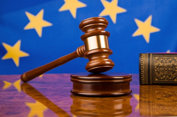 European-Union-EU-flag-gavel-justice-600x395