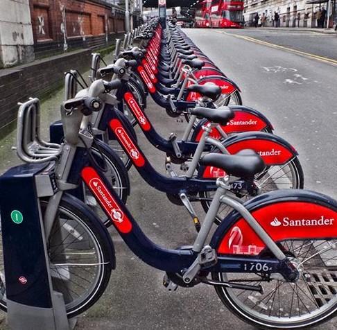 Santander cycles 16230708_916910211777610_8233895869179494400_n
